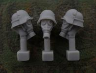 54mm German Head – M1916 Steel Helmet with Armoured Plate and Gas Mask M1917