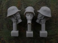 54mm German Head – M1916 Steel Helmet with Cover and Gas Mask M1917